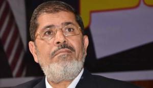 """القاهرة: وصول جميع المتهمين لمقر المحكمة بمن فيهم """"مرسي"""""""