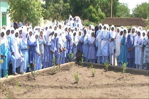 طالبات مدرسة الرحمة الثانوية بنات بالحصاحيصا