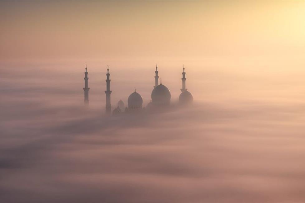 جامع الشيخ زايد الكبير بابو ظبى ـ تصوير خالد الحمادى