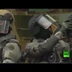 قوات الأمن البلجيكية أثناء عملية خاصة في ضواحي بروكسل اعتقلت خلالها صلاح عبد السلام