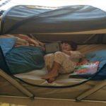 """""""سلامة النائم"""".. أول سرير محمول مصمم خصيصًا لأطفال التوحد"""